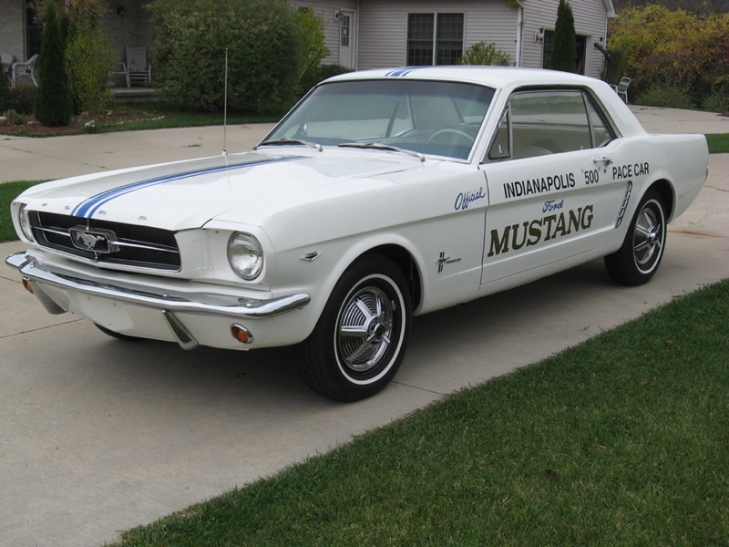 Classic Mustangs for Sale, Mustang Pics & Mustang Year Info